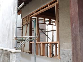 新規窓設置下地工事→
